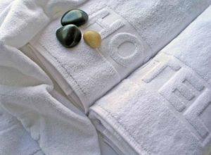 Mabotex - konfekcja hotelowa - ręczniki białe