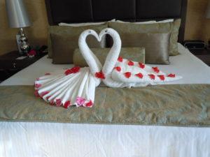 fantazyjne układanie ręczników w hotelach